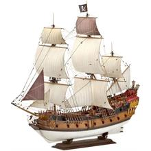 Revell : 1:72 Plastik Gemi Maketi Pirate Ship