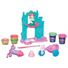 Hasbro Play-Doh Ariel in Şatosu ve Arabası