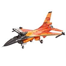 Revell Lockheed Martin F-16 Mlu Solo Display Uçak Maketi 1:72