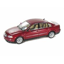 Welly 1:18 Diecast Araba 2001 VW Passat Sedan Metalik Kırmızı